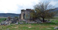5. yüzyılda inşa edilen ve Akören I olarak bilinen Bizans kilisesi, 12. yüzyılda Ermeniler tarafından kullanılmıştır